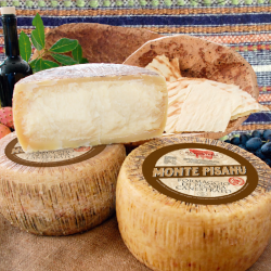 Matured pecorino Monte...